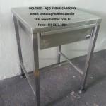 mesa com gaveta em aço inoxidavel